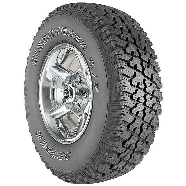 DISCOVERER S/T by COOPER TIRE